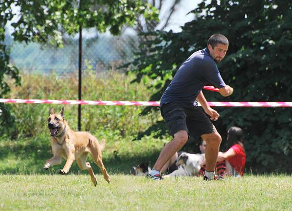 2. Marlenčiny distančky – dogfrisbee závody